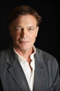 Andrew_Wakefield_Director_Vaxxed_photo_by_Brant_Brogan-400x600
