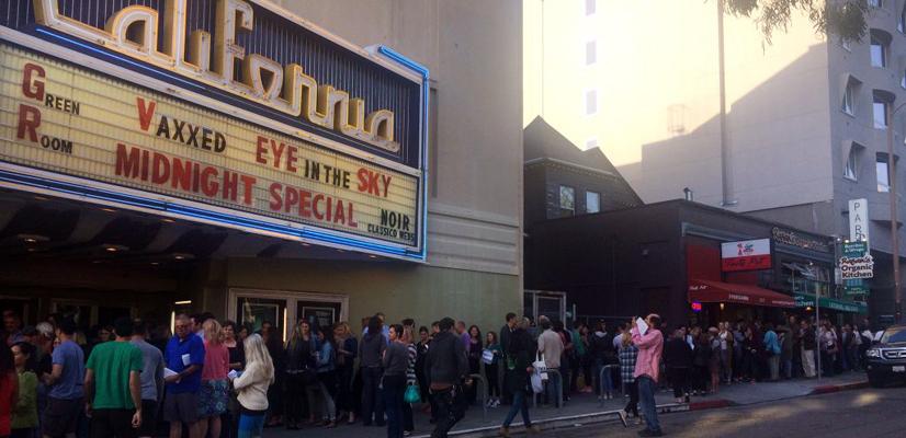 California-Crowd-W